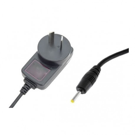 Cargador Tablet 220v pin fino